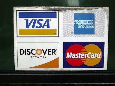 5 Ways Credit Cards Can Enhance Your Life and Finances