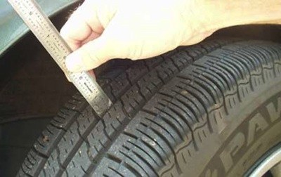 how to find quality used snow tires. Black Bedroom Furniture Sets. Home Design Ideas